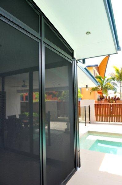 Screenguard Stainless Steel Mesh Door (16)